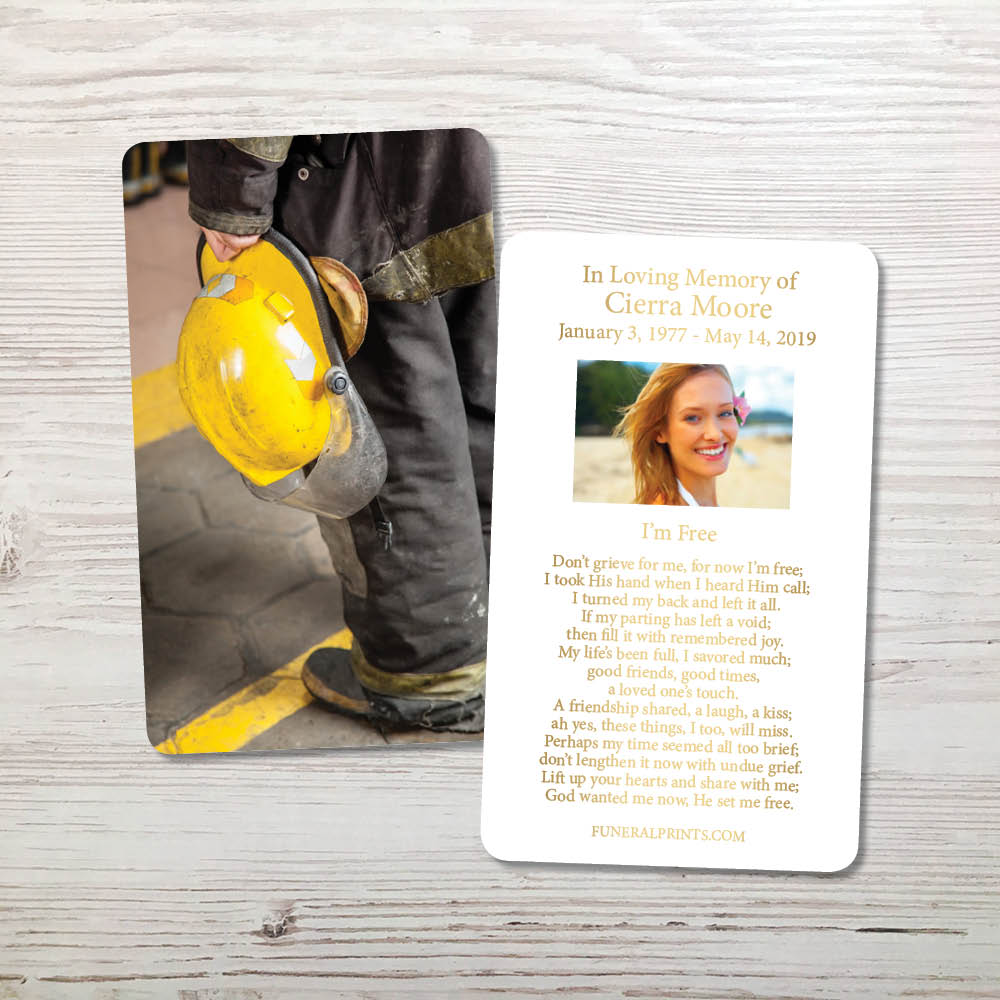 Picture of Fire Helmet 2 Gold Foil Memorial Card