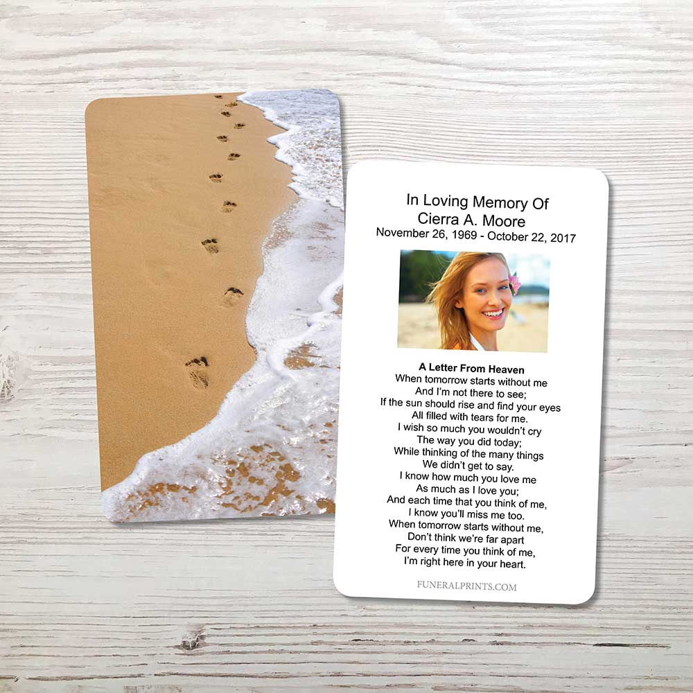 Picture of Foot Prints Memorial Card