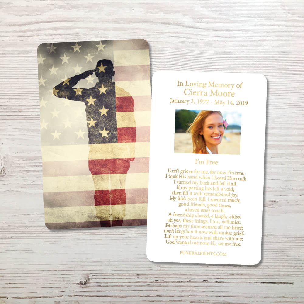 Picture of Soldier Saluting Gold Foil Memorial Card